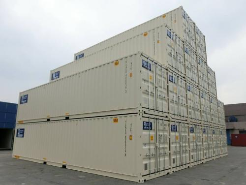 beige-shipping-containers-in-oregon